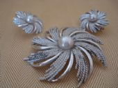 Silvery Sunburst by Sarah Coventry - Set of Silvertone and Imitation Pearl Brooch and Earclips